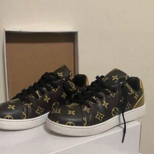 Louis vuitton Shoes, new never worn